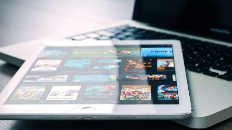 Changing media with the waves of online streaming