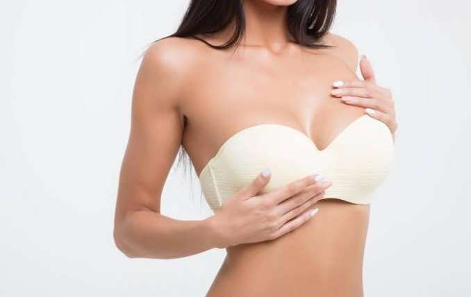 7 Tips for Breast Implants – Before and After Surgery